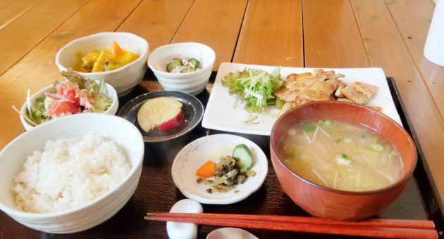 穏やかな空間で楽しむ料理に心も体も健康に。健康食料理『sa va tei』