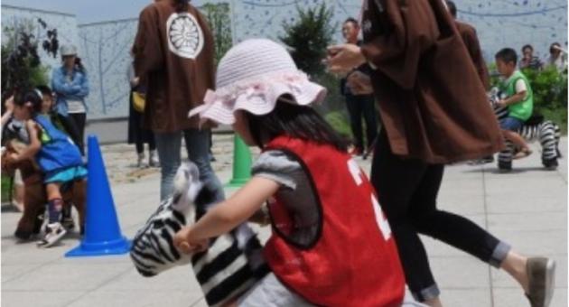 お子さんが一生懸命頑張るかわいい姿をカメラでパチリ♡解放的な屋上での「秋の大運動会」に参加されてはいかがですか?